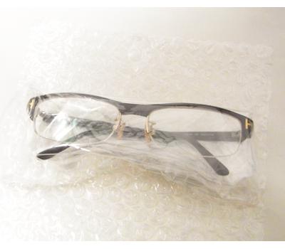ケースなしの眼鏡の梱包