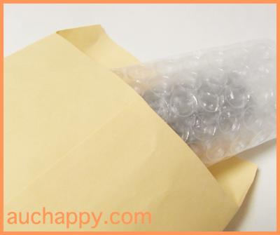 梱包した印鑑ケースを封筒に入れて送ります。