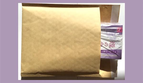 線香を封筒に入れて送る